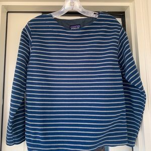 Patagonia Micro D-Luxe top
